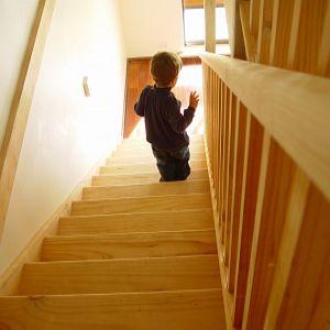 kid on stairs little teen latina gallery